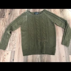 Olive green knit sweater HARDLY WORN